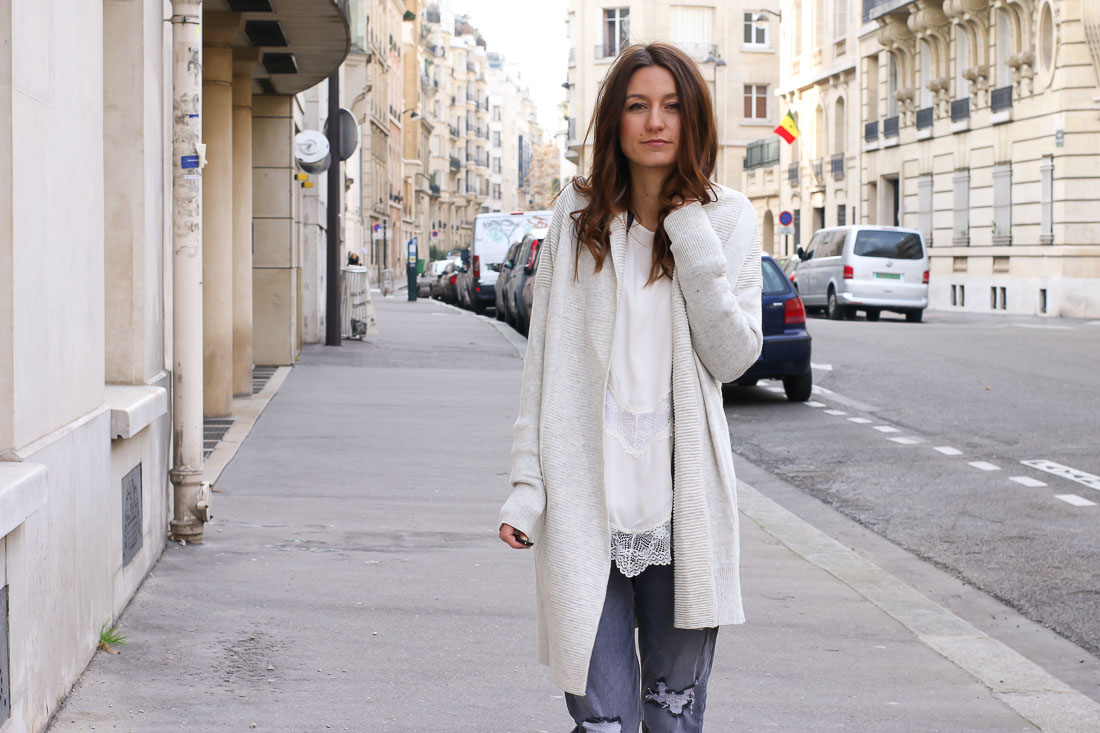 pantalon-gris-dentelle1