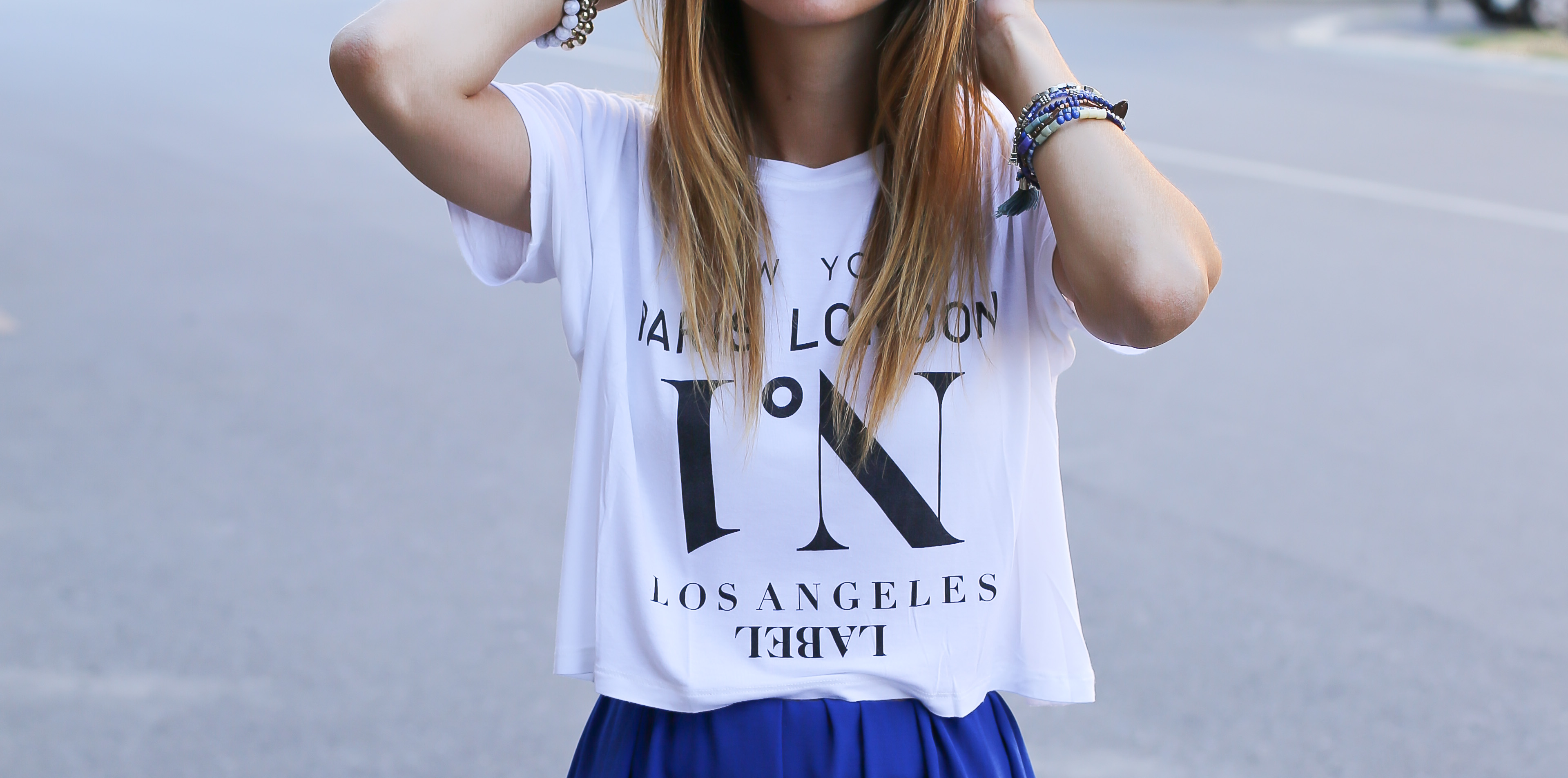 blog-mode-robe-bleue-baskets-blanches9