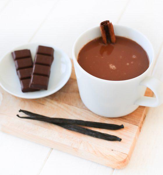 Chocolat chaud aux arômes de cannelle & vanille