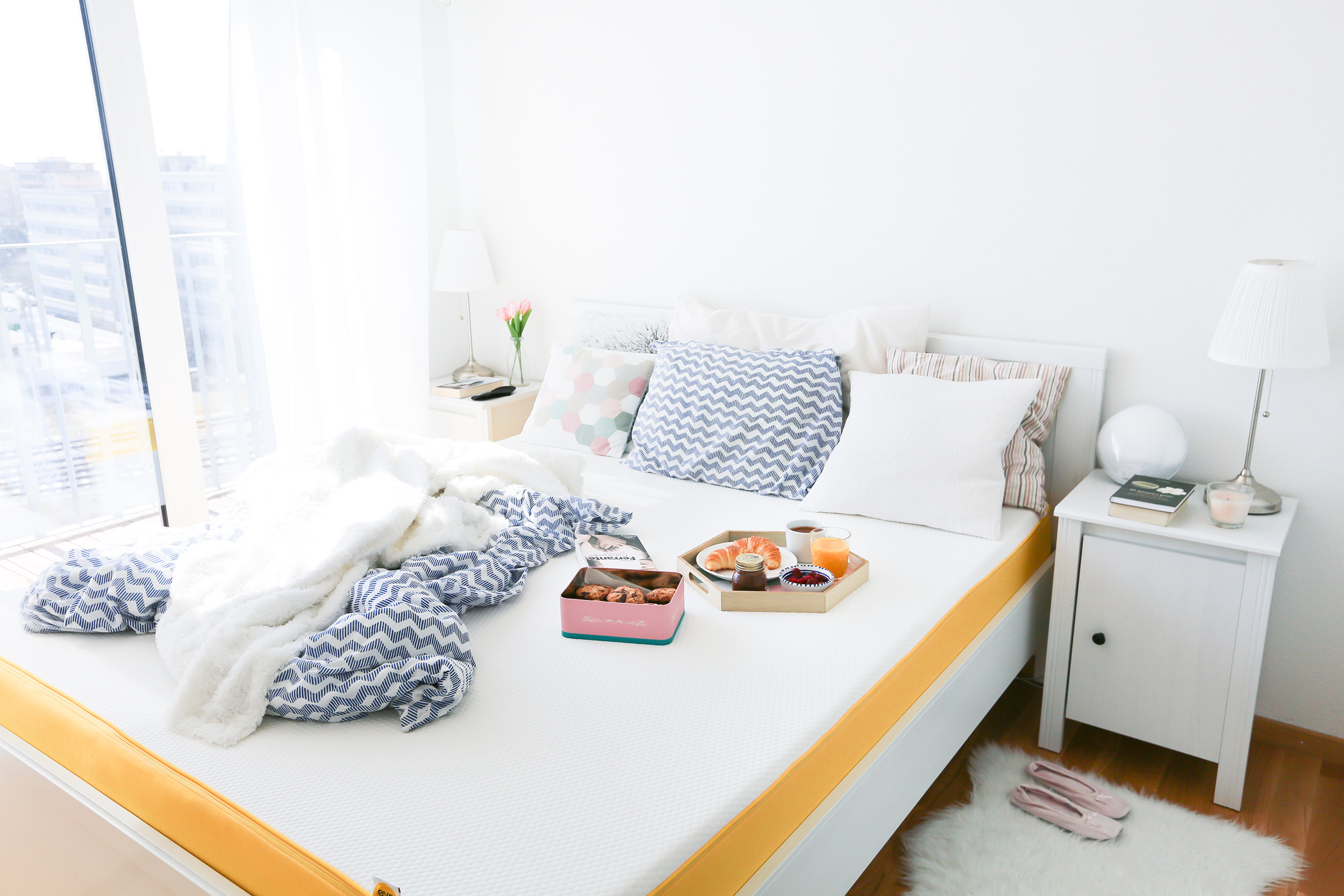 l importance de bien dormir de belles nuits avec le matelas eve ally bing. Black Bedroom Furniture Sets. Home Design Ideas