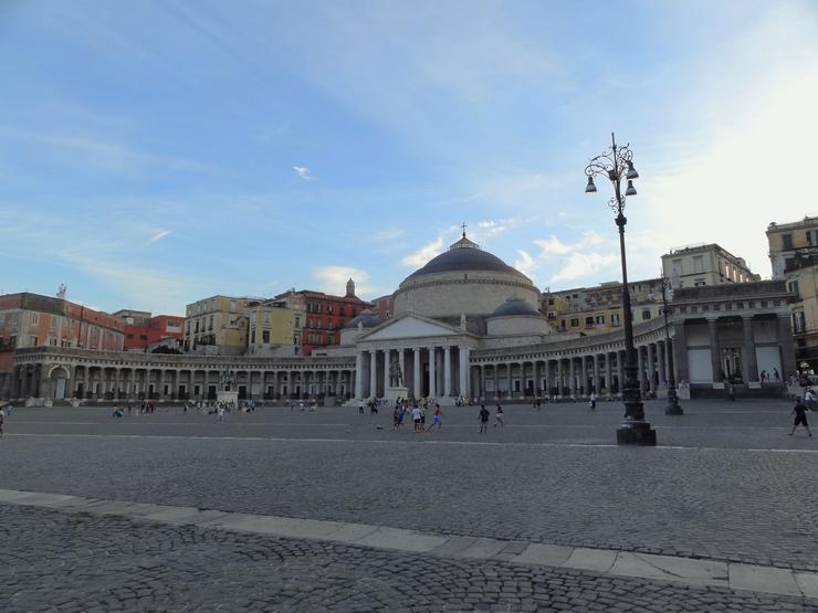 Naples_Plebiscito