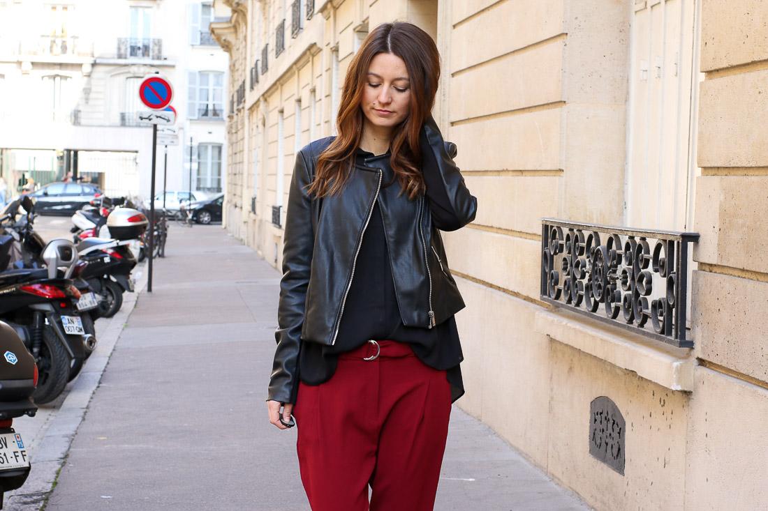 pantalon-rouge-blouson-noir8