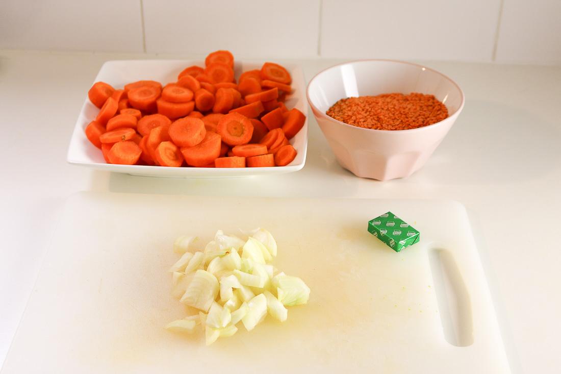soupe-carottes-lentilles-roses2