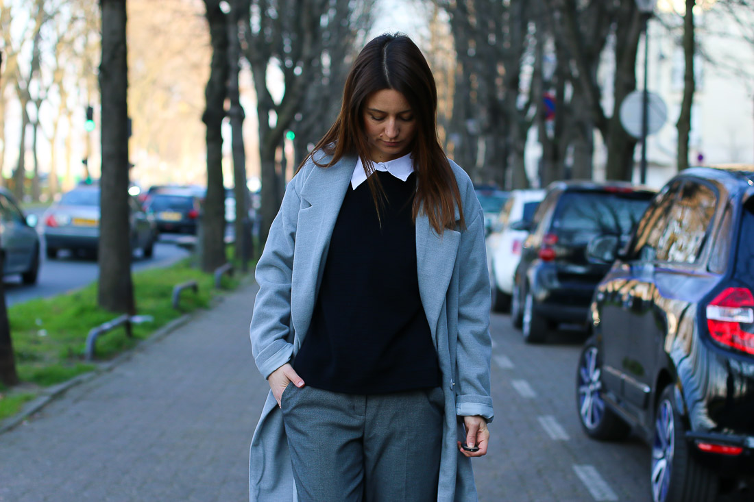 long-manteau-gris-superstar-blanches6