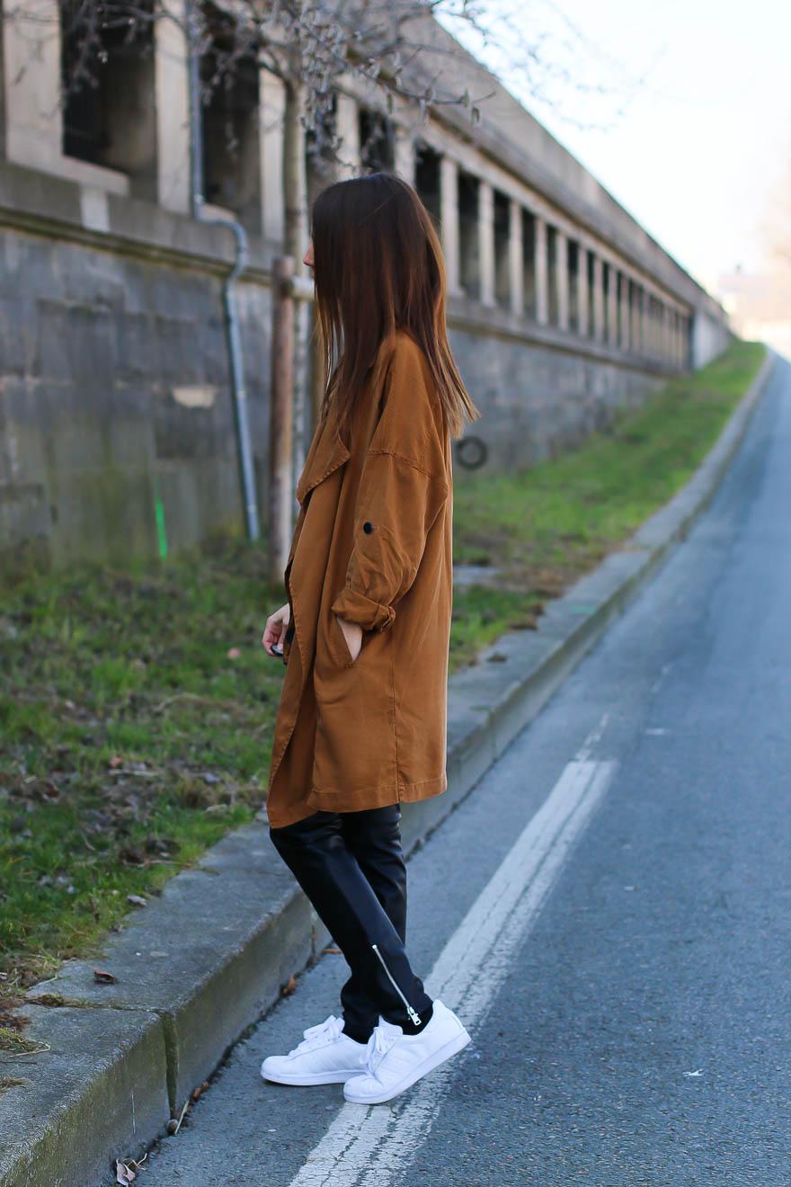 trench-coat-pantalon-cuir2
