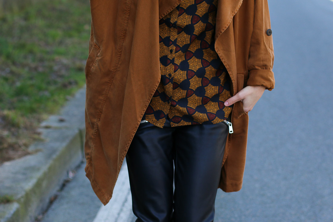 trench-coat-pantalon-cuir3