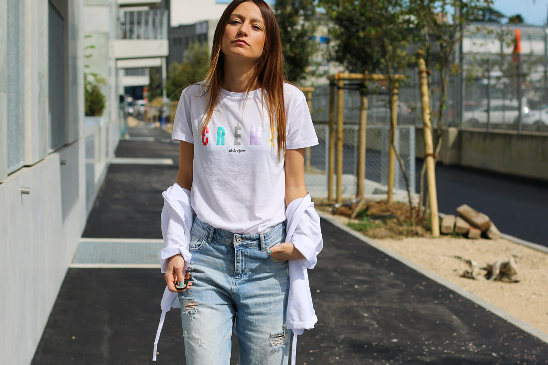 tshirt-blanc-jeans-troue2