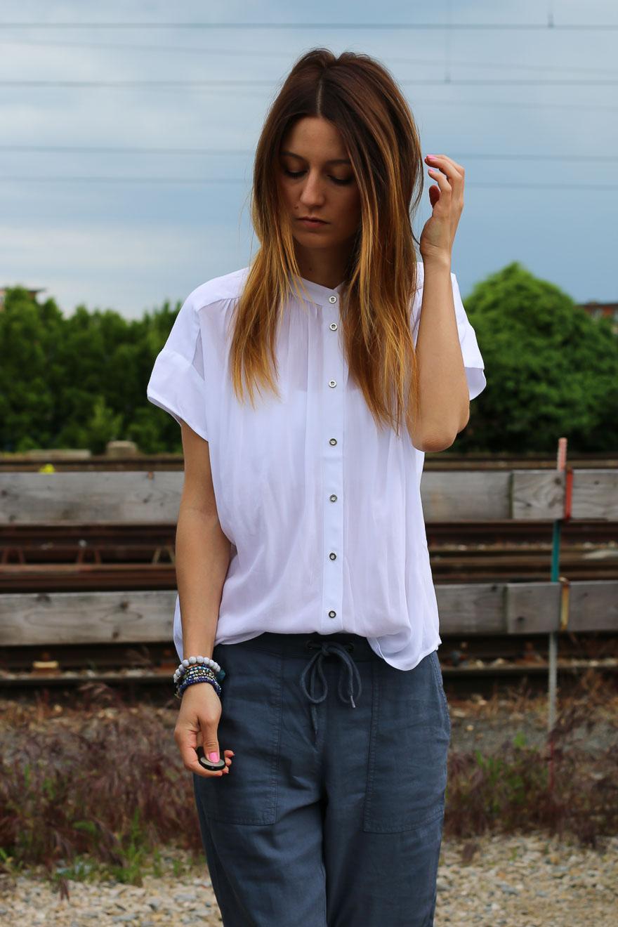 chemise-blanche-pantalon-bleu6