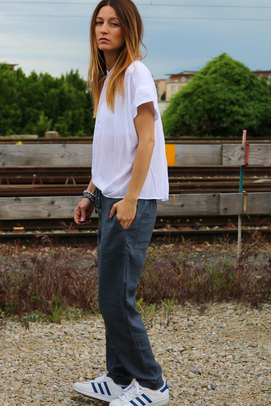 chemise-blanche-pantalon-bleu7