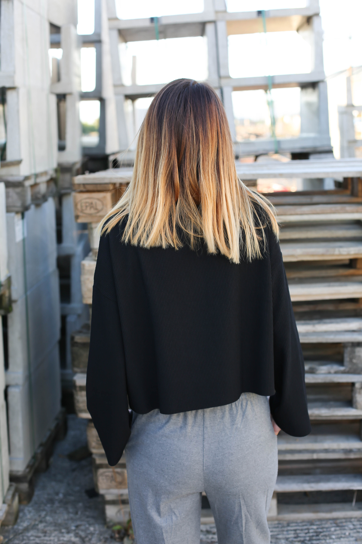 blog-mode-pantalon-gris-pull-noir-chaussures-leopard7