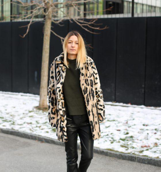 Veste léopard & pantalon en cuir