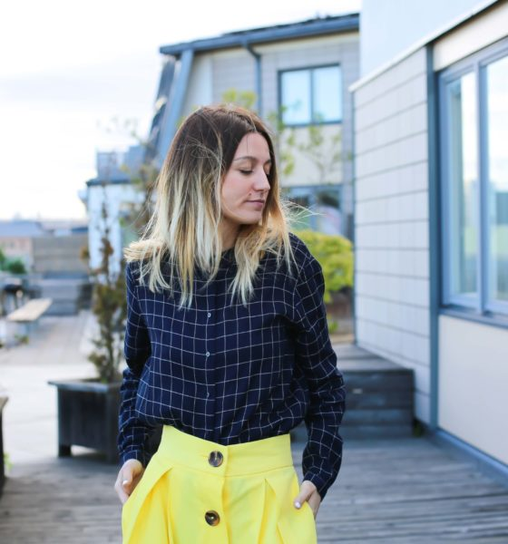 Jupe jaune & chemise carrolée