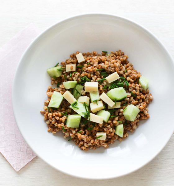 Salade de petit épeautre, concombre & ciboulette