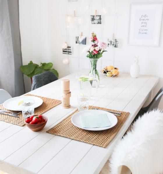 Une jolie table avec Neotus